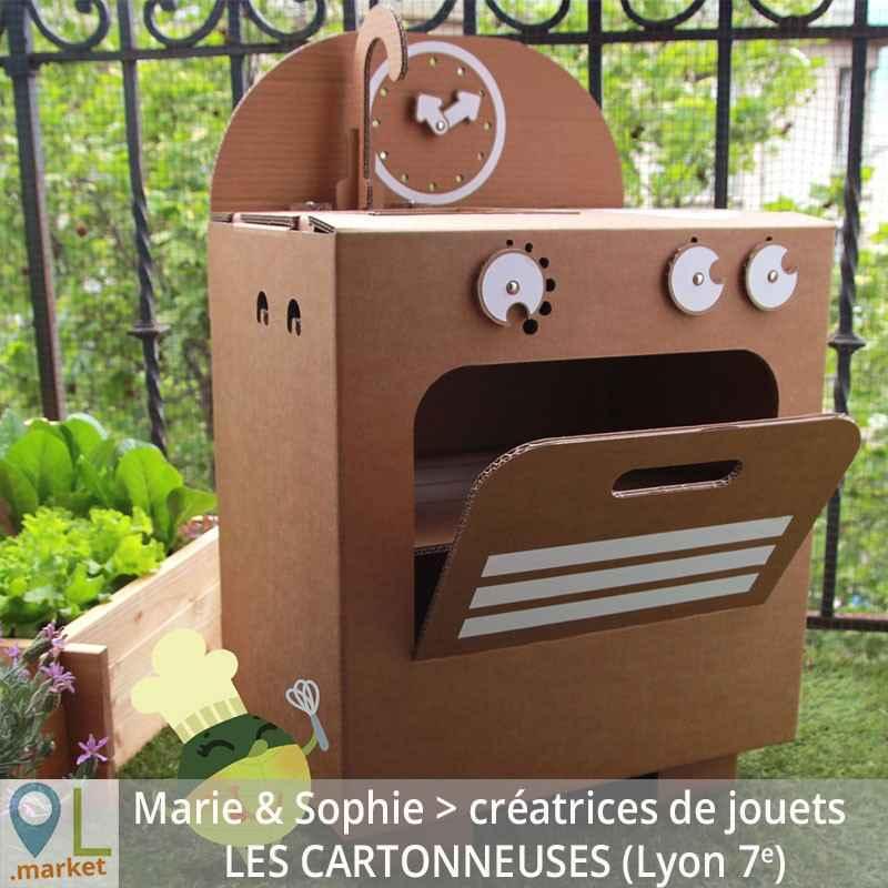 Offrez une cuisinière écologique en carton fabriquée à Lyon